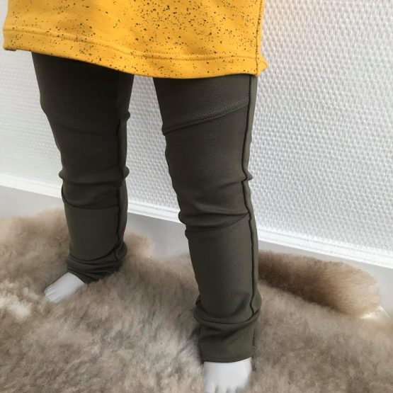 Groene broek met knie stukken