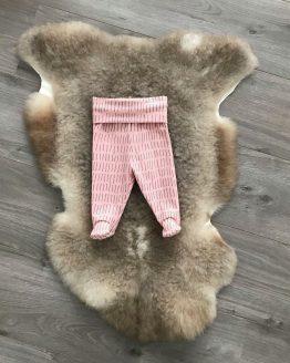 roze broekje met voetjes