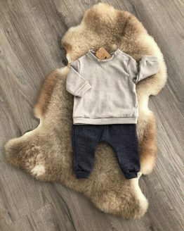 Babybroek en trui set