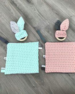 driehoekjes konijnenoren bijtring met knisperfolie