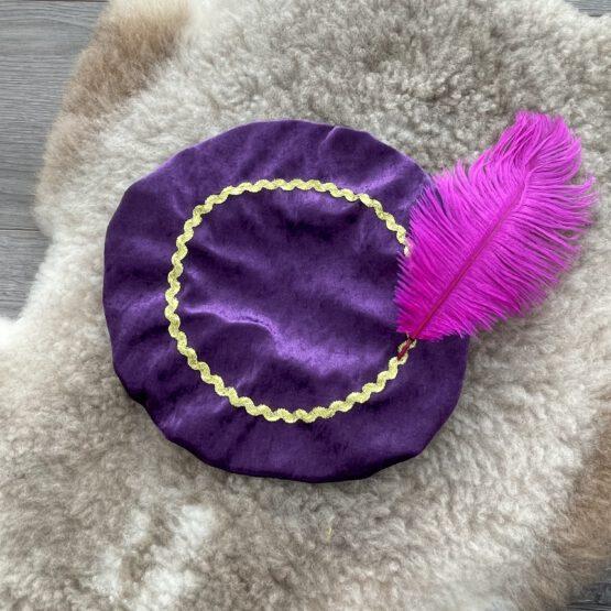 paarse-pietenmuts