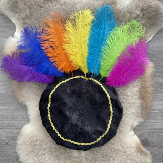 pietenmuts-zwart-alle-veren